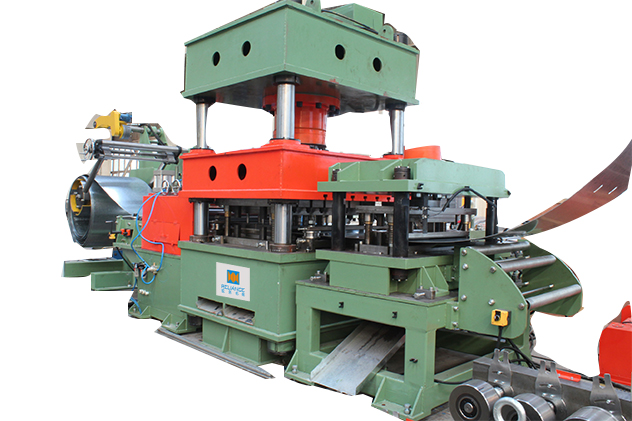 Tab 2-2 Hydraulic press punching for guardrail roll forming machines