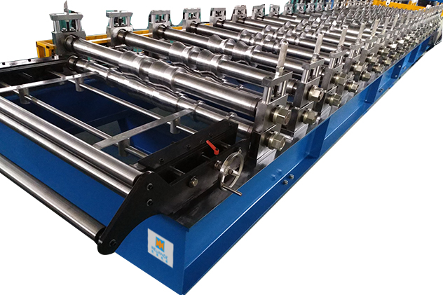 Tab 2-2 Roll forming section of Roof roll forming machine