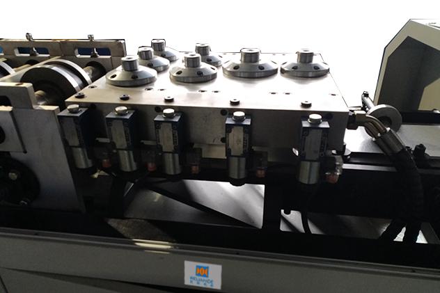 Tab 2-3 Punching for steel framing machine