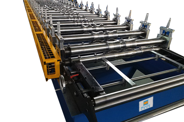 Tab 2-4 Entry guide of Roof roll forming machine