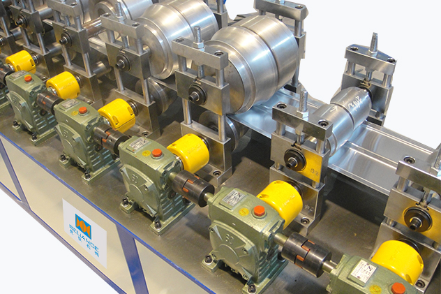 Tab 2-4 roll forming for Shutter Door Roll Forming Machines